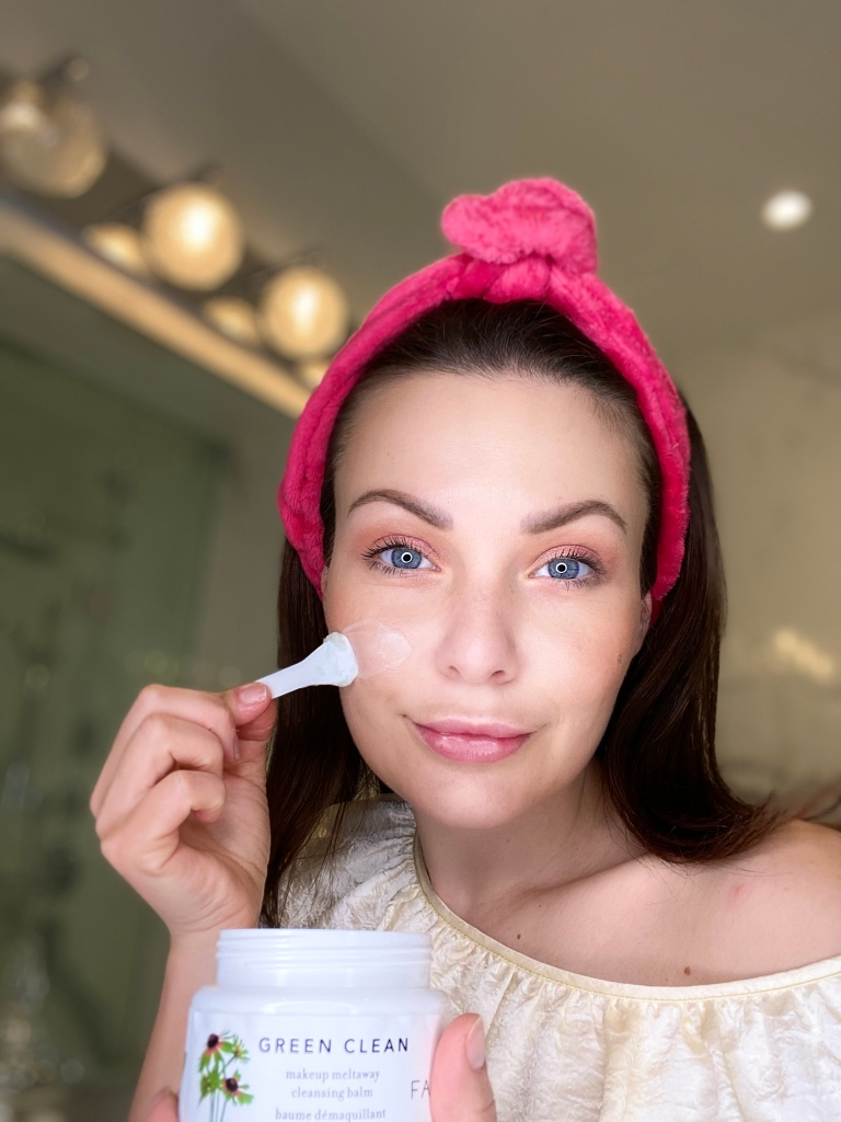Ana applying Green Clean Makeup Removing Cleansing Balm